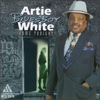 artie white home tonight